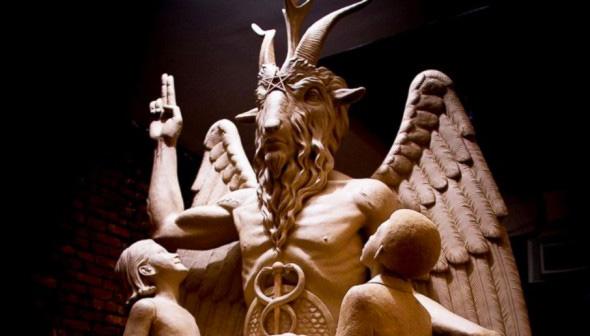 baphomet-estatua-niños